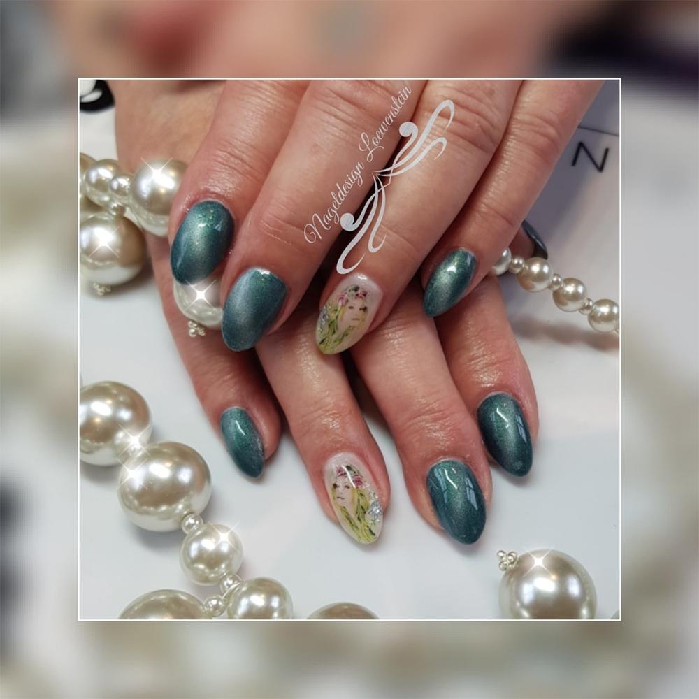 Bildmodellage auf Fingernägeln